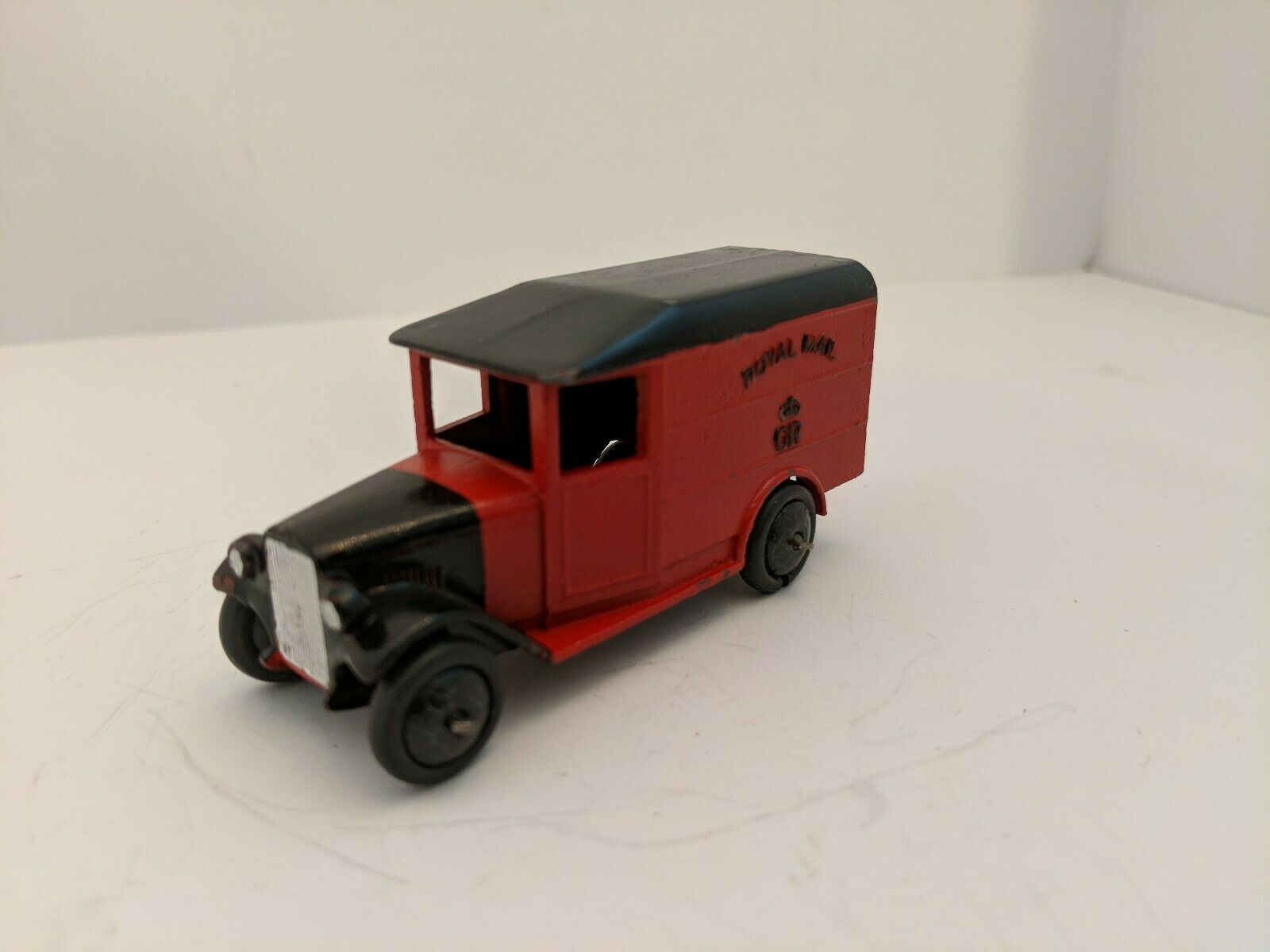 Dinky Toys 34B Royal Mail Van 1938-40 Open Rear Windows