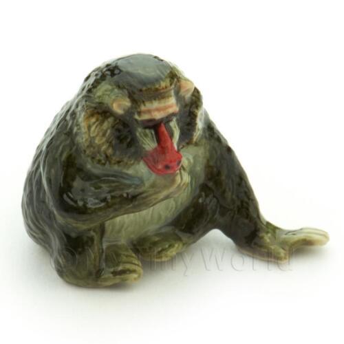 Hecho A Mano Casa De Muñecas En Miniatura De Cerámica babuino
