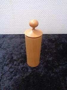 Design-Wood-Tin-Vintage-around-1960-70