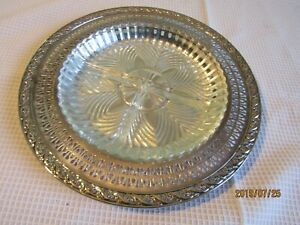 """Wm Rogers silver plated 10""""  serving tray heavy divided glass insert- flowers  H"""
