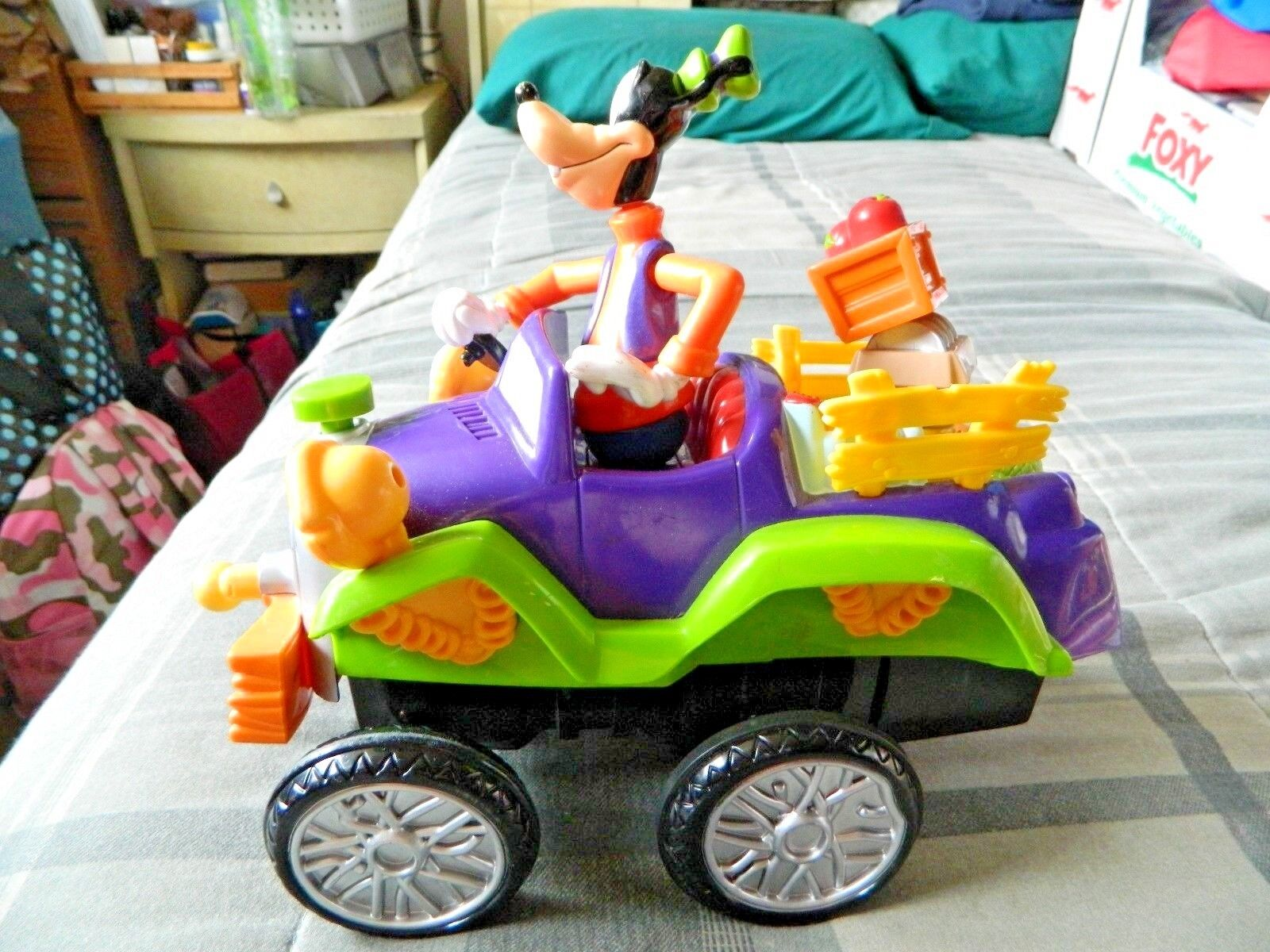 2000 Mattel Disney Goofy Jalopy Bumpy Ride Remote Control Car Pre Owned Works For Sale Online Ebay