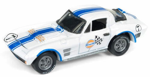 Johnny Lightning 1//64 Gulf 1963 Chevy Corvette Grand Sport Die-Cast JLSP010//24