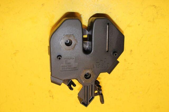 01 05 06 07 03 04 02 volvo xc70 v70 right rear door latch /& power lock actuator