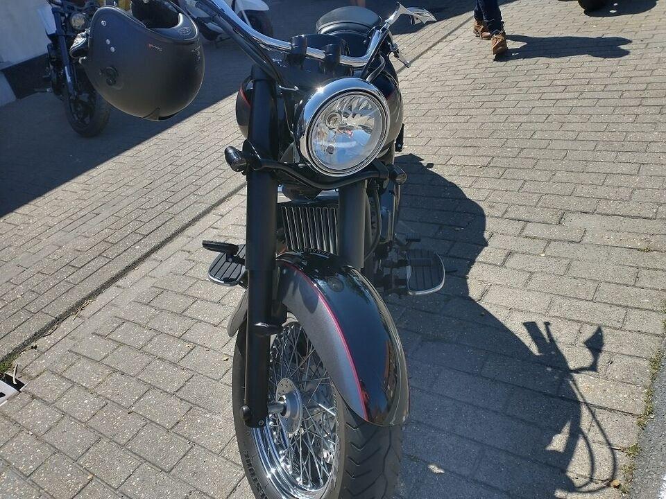 Kawasaki, Kawasaki VN 900 Classic Special Edition, ccm 900