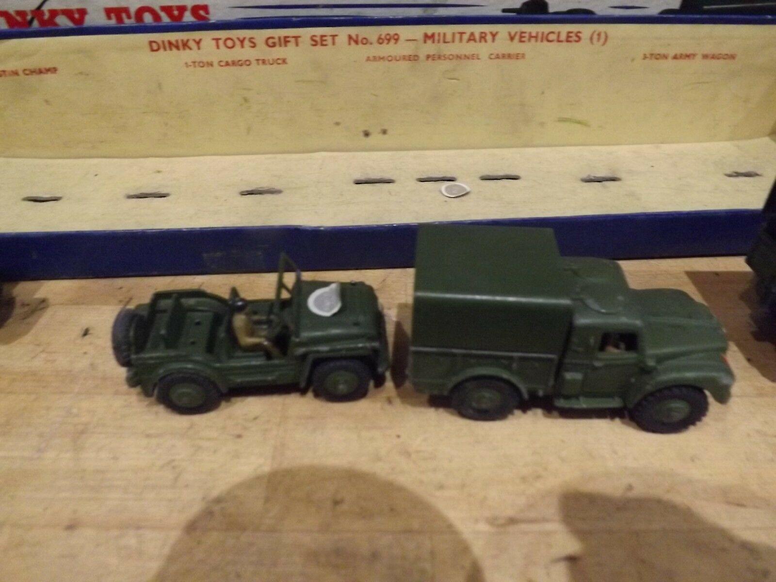 Vintage DINKY TOYS MILITAIRE Boxed Set 699 Diecast véhicules véhicules véhicules Coffret 674 641 676 621 | Shopping Online  8dafe3