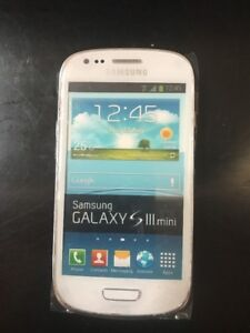 Lot-of-32-Samsung-Galaxy-S-III-S3-Mini-White-Non-Working-Display-Dummy-Phone
