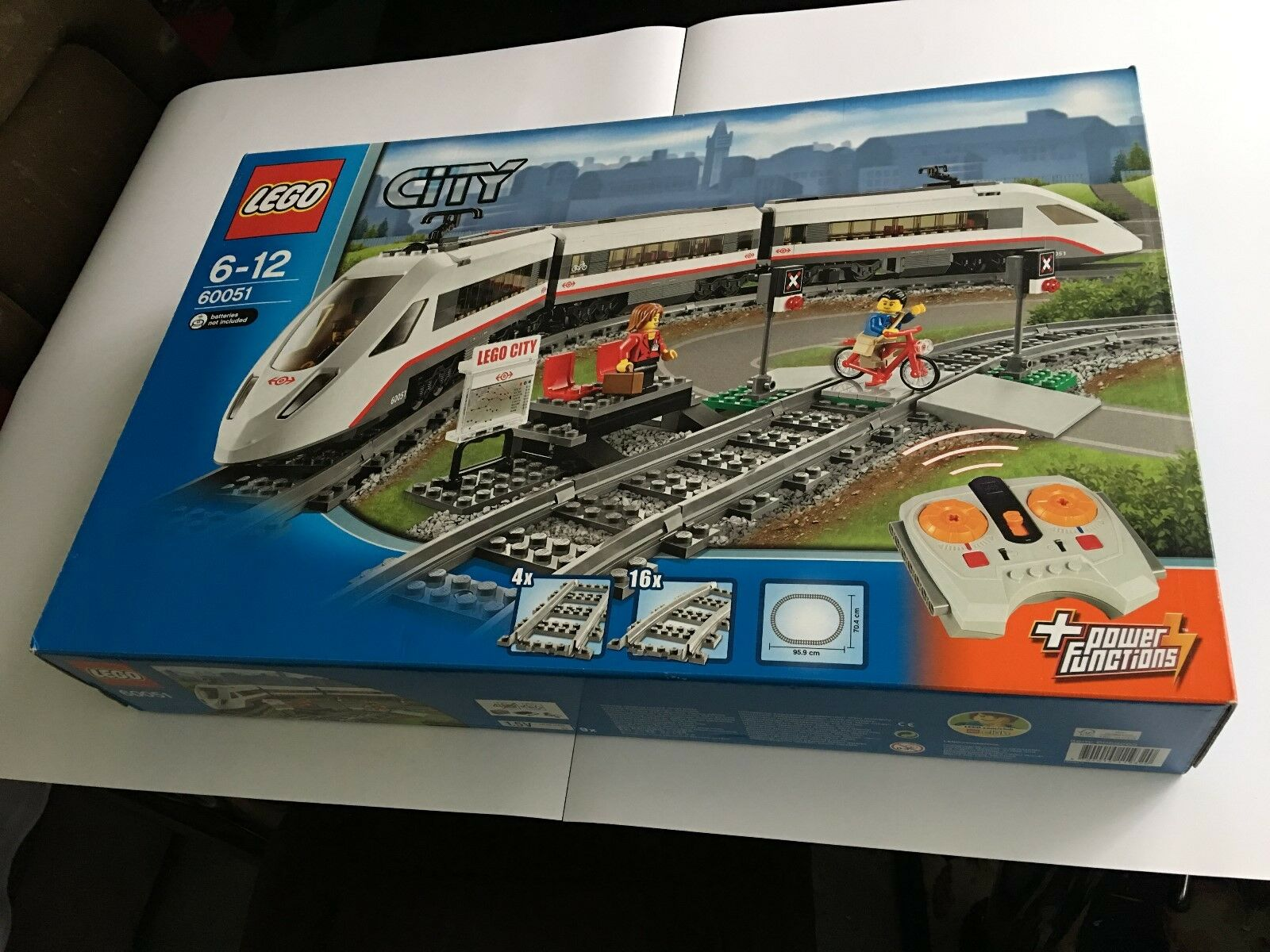 LEGO 60051 City Train High Speed Passenger Station - Brand New & Sealed