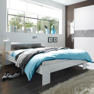 bett vega futonbett in wei und beton mit rollrost und. Black Bedroom Furniture Sets. Home Design Ideas