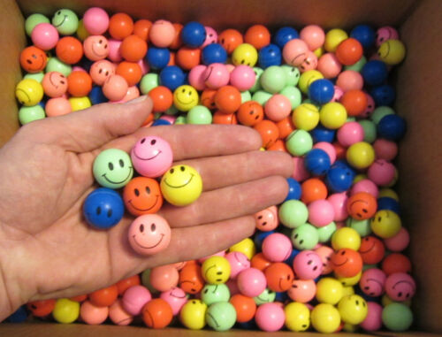 """100 SMILE FACE SUPER HIGH BOUNCE BALLS 27MM 1/"""" HI BOUNCY SUPERBALL PARTY FAVORS"""