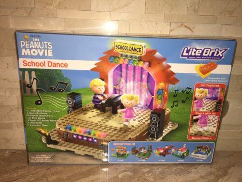 LITE BRIX THE PEANUTS MOVIE SCHOOL DANCE SALLY /& SCHROEDER LEGO COMPATIBLE