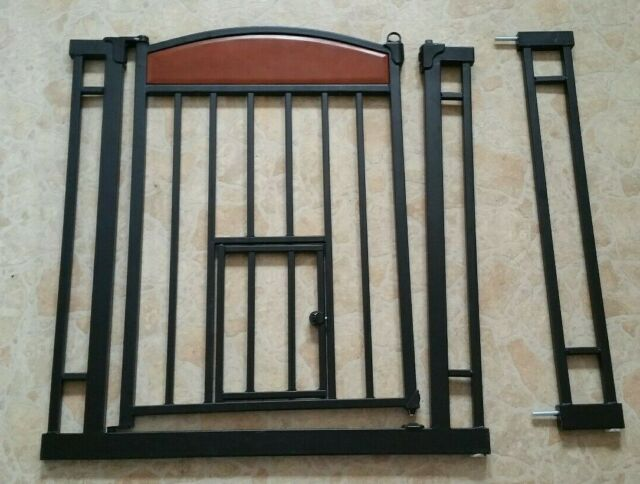 Hallways and Doors Munchkin Wood /& Steel Pressure Mount Baby Gate for Stairs W