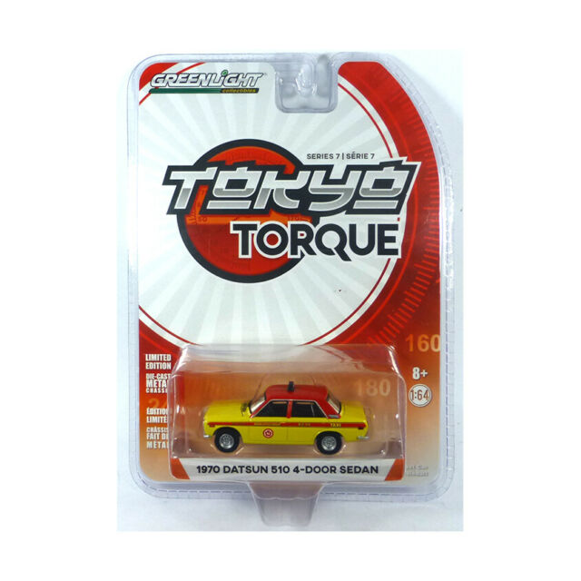 Greenlight 47050-B Datsun 510 4-Door Sedan Yellow/Red - Tokyo Torque 1:64 New °