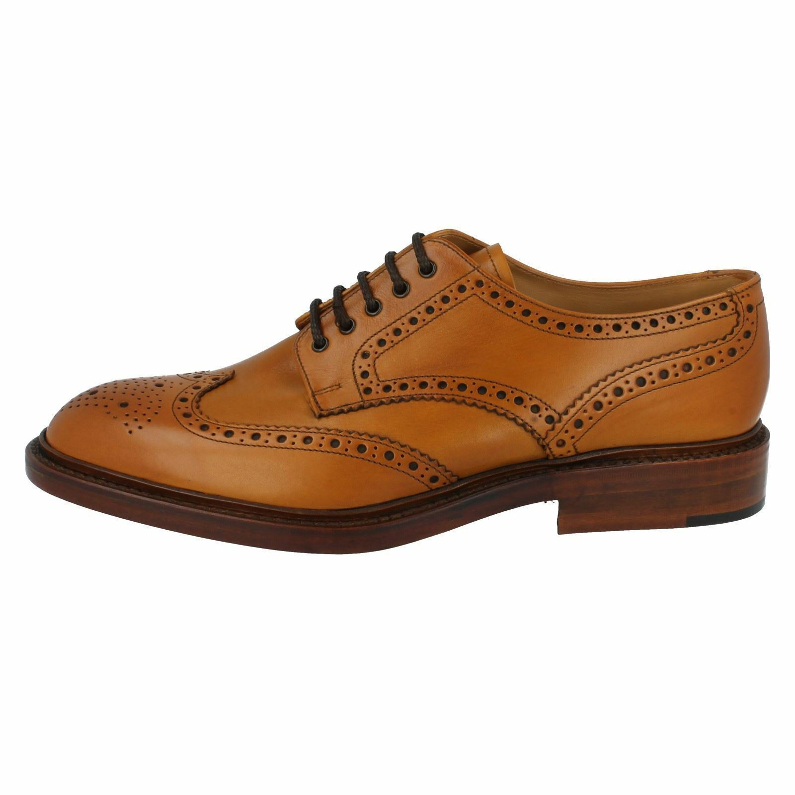 Mens Loake calf Tan burnished calf Loake leather lace up brogue F fitting CHESTER 2 77cbde