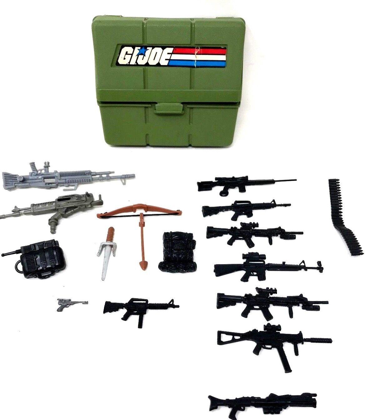 Vintage GI GI GI Joe Lanard The Corps Huge Lot of Weapons & Accessories 485fe8