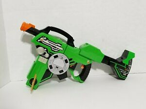 Details about Ben 10 Alien Force Suitcase Gun Tech Blaster Transforming  Bandai Cartoon Network