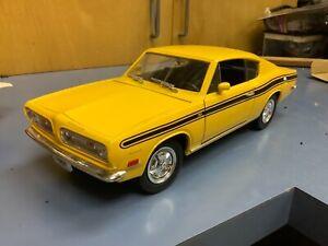 1969 69 BARRACUDA  1/18 diecast HOT ROD  yat ming road signature yellow loose