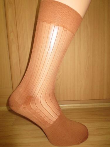 Mi-Mollet Côtelées Sheer Nylon Chaussettes Bronze Couleur.