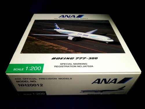1200 Hogan ANA All Nippon Airways Boeing 777300 JA752A NH20012 Display Model