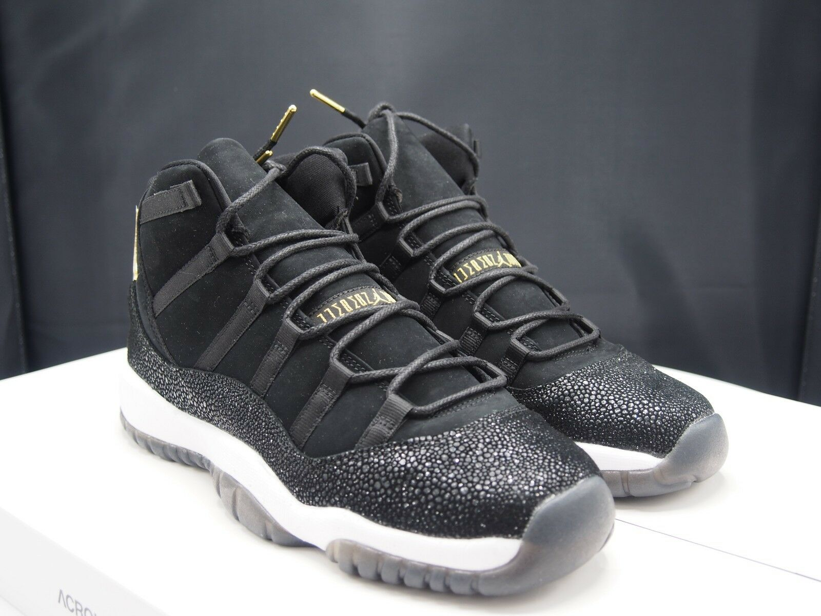 Nike Air Jordan XI 11 Retro