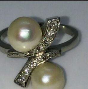 VINTAGE 14K WHITE GOLD PEARL AND DIAMOND BYPASS RING - SIZE 6