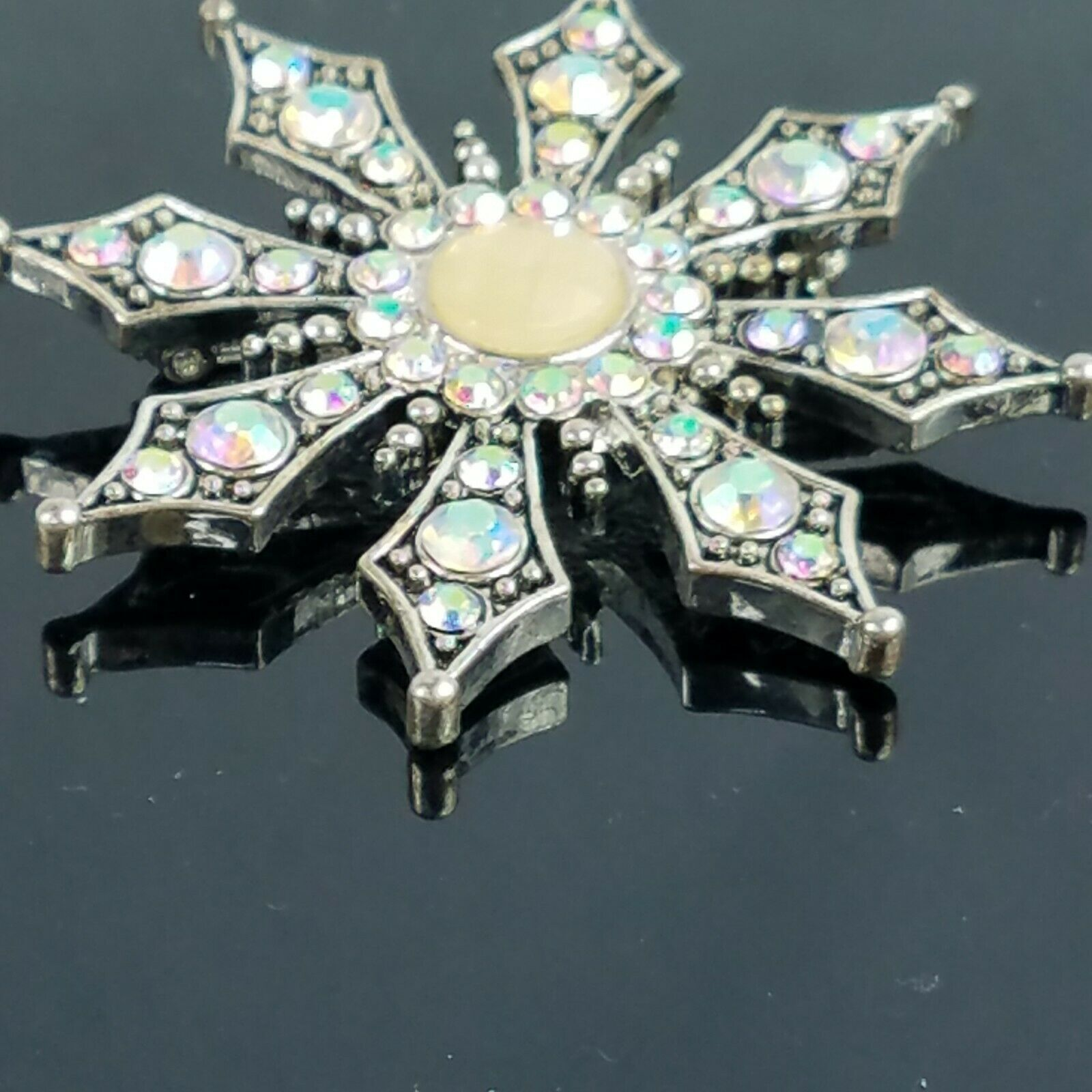KC Kenneth Cole Swarovski Crystal Aurora Borealis… - image 4