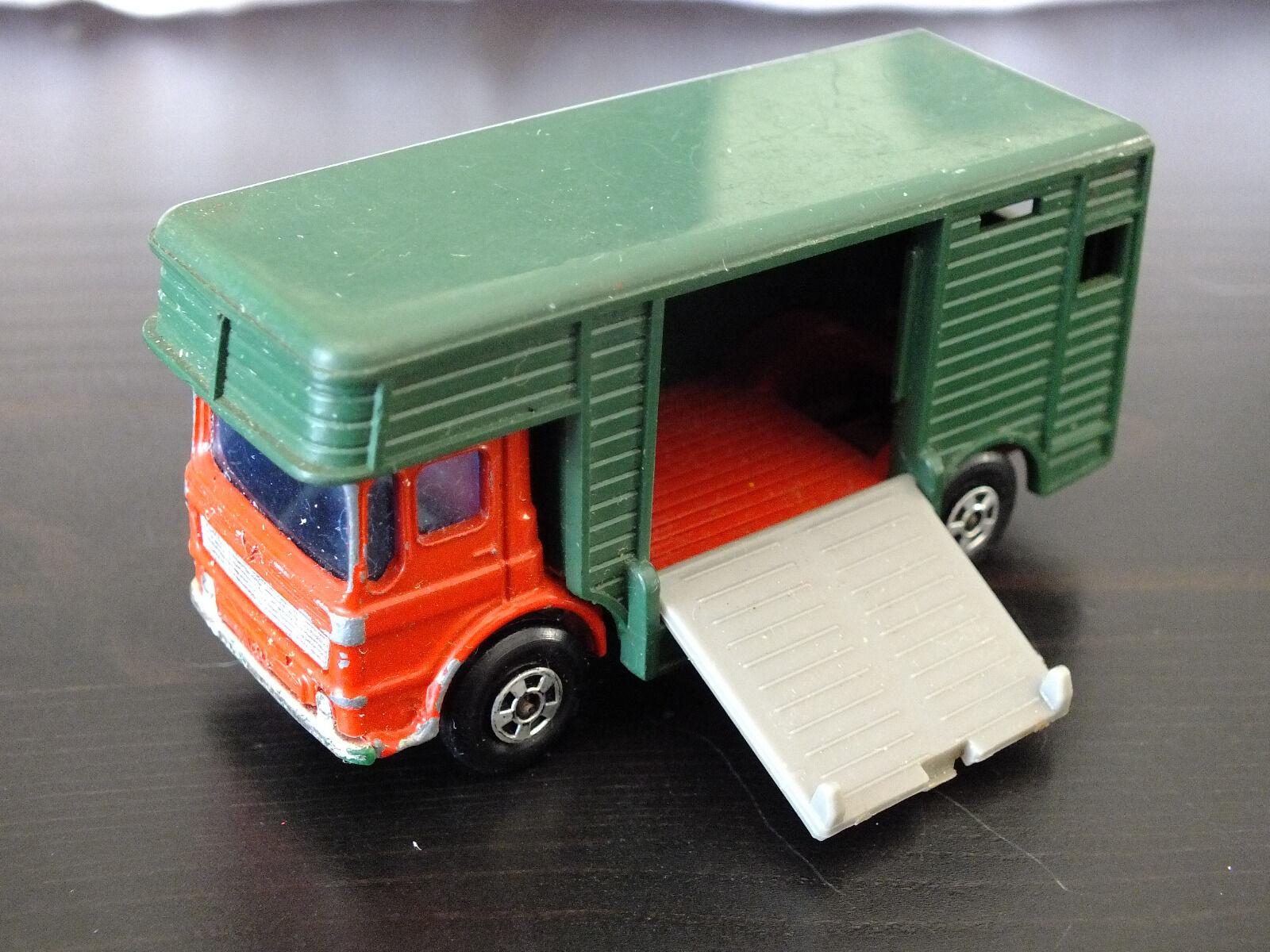 Matchbox Series 17e - Superfast Wheels - Horse Box - grün rot  | Mittlere Kosten
