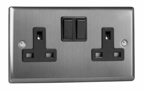 Varilight XT5B Classique en Acier Brossé 2 Gang Double 13 A Switched Plug Socket