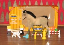 DERBY STABLE Horse Collection EQUESTRIAN Horse set with accessories