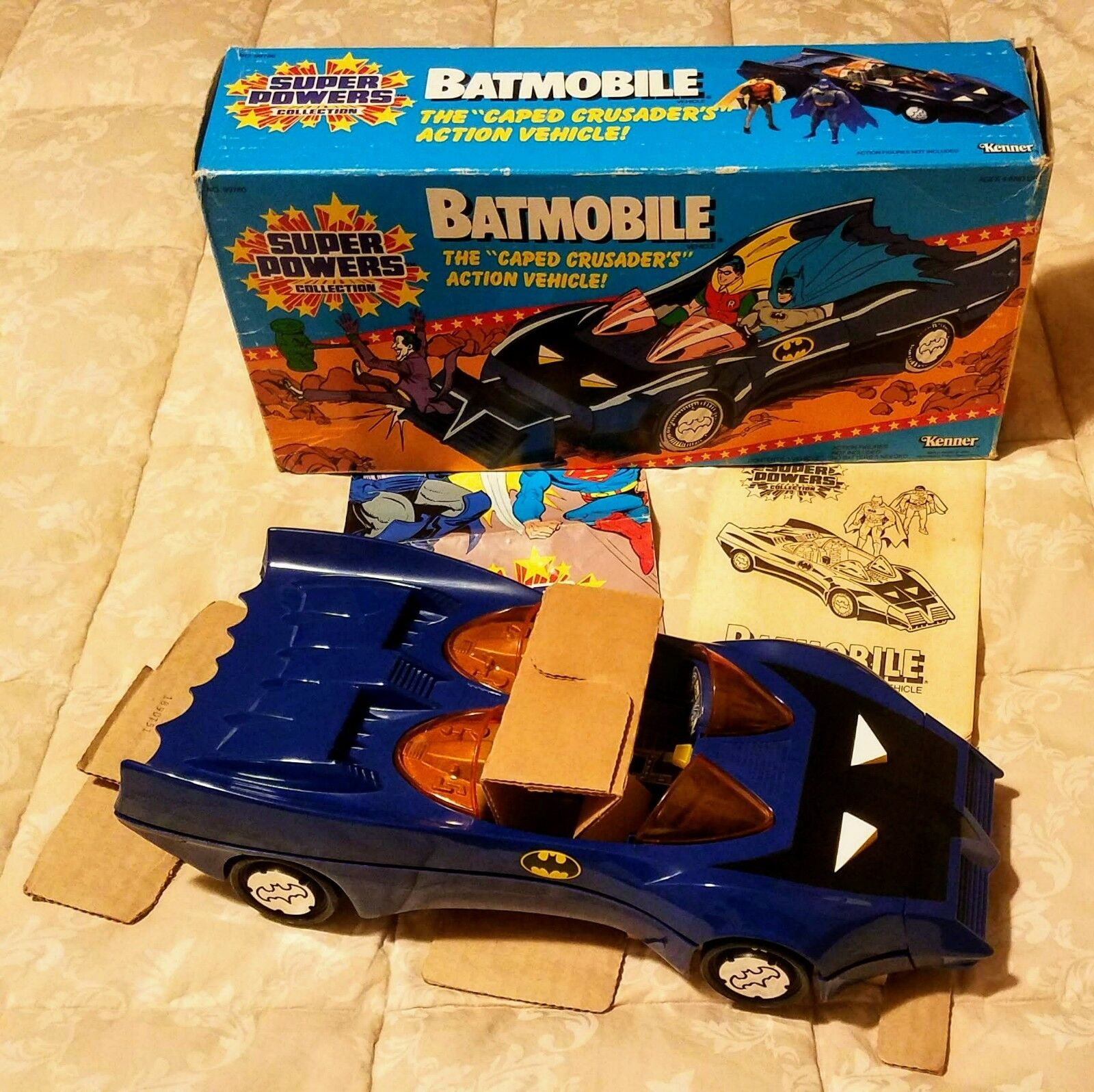 BATMAN BATMOBILE KENNER KENNER KENNER SUPER POWERS 1984 NEW PRISTINE 100% COMPLETE 549bfe