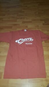 1895 TV Show Vintage Retro Boston Men/'s Green St Patty T shirt M-2X Cheers est