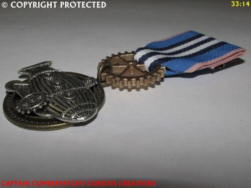 Steampunk badge brooch pindrape Medal silver airship zeppelin flying sub #MAS24