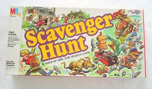 Scavenger-Hunt-Vintage-1983-Board-Game-Never-Played-pices-still-sealed-M-Bradley