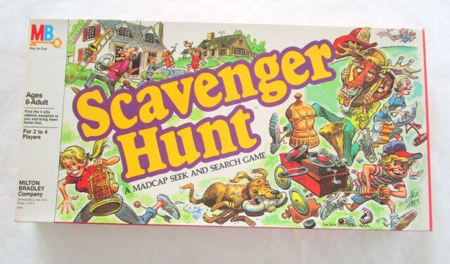 Scavenger Hunt Vintage 1983 Board Game Never Played pices still sealed M Bradley
