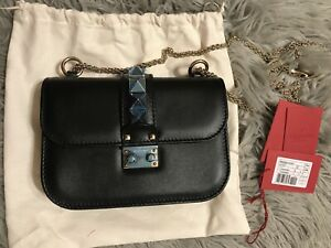 be3fae0a5d5 Details about NWT Valentino Garavani Rockstud GlamLock Crossbody Shoulder  Bag Small Black$2245