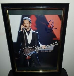 ADAM-LEVINE-HAND-SIGNED-WITH-COA-RARE-FRAMED-8X10-MAROON-FIVE-PHOTO