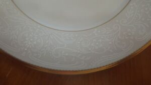 Salad Plates Dynasty Gold by MIKASA New Old Stock set of 4