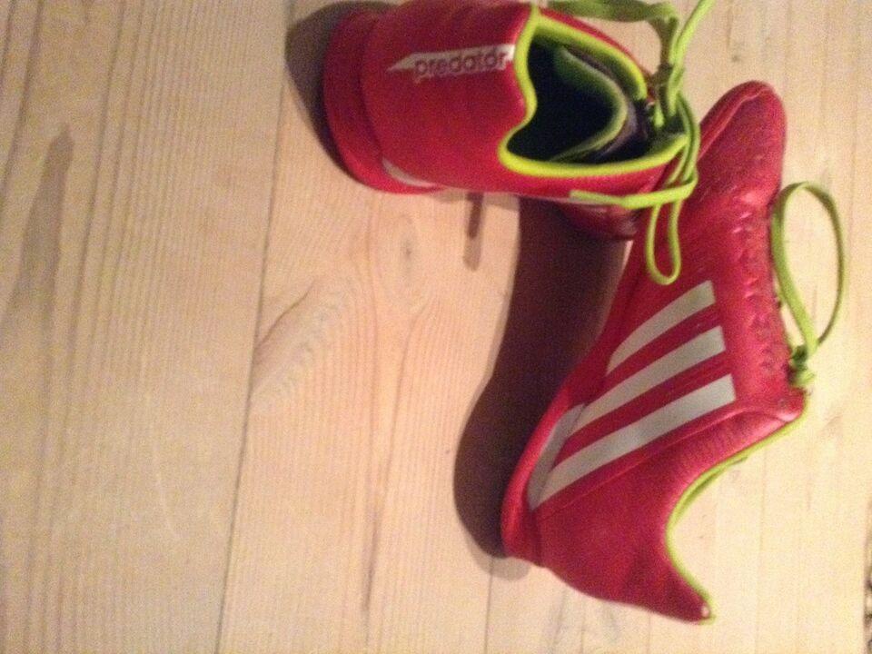 Fodboldsko, Fodbold sko inden dørs , Adidas