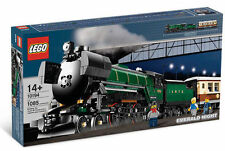 * New * Lego City 10194 Emerald Night Train Rare Set ( Box has Dent ) Sealed Box