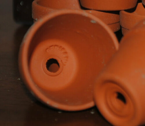 """Lot 140 Tiny terra cotta pots 1.25/"""" high from Germany CRAFTS FAIRY WEDDING BABY"""