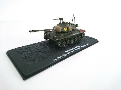 4 MILITÄR FAHRZEUG PZ 1:72 WW2-MILITARY TANK WAR PANZER-FRENCH VEHICLES