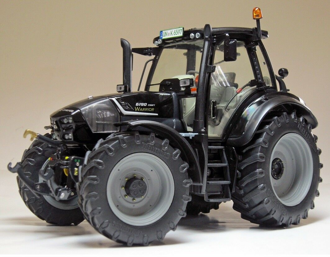 WEI2036 - Tracteur Agrougeron type Warrior 6190 CSHIFT DEUTZ équipé du relevage av