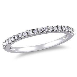 10k White Gold 1/5 ct TDW Diamond Eternity Wedding Band Ring
