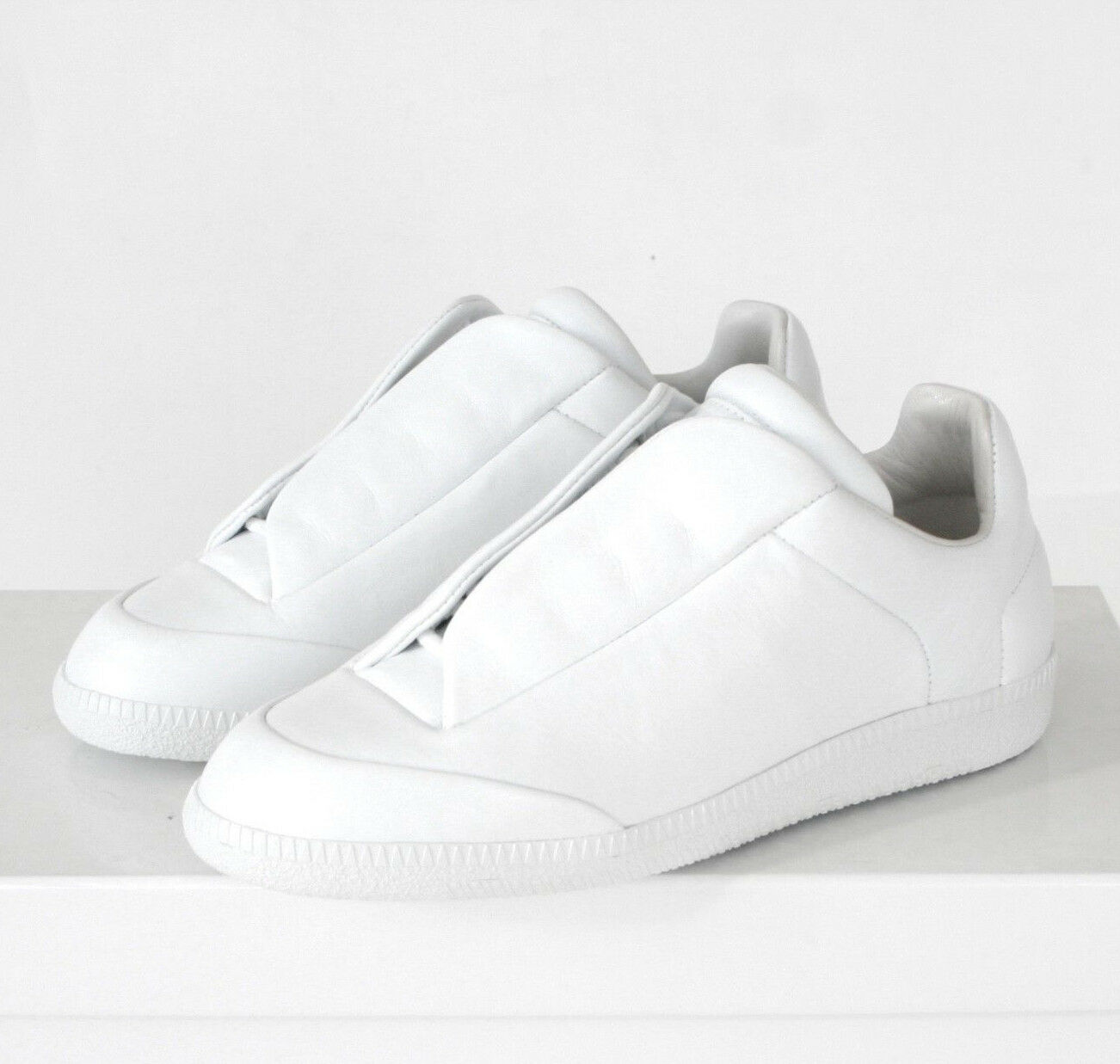 MAISON MARTIN MARGIELA white leather low top shoes Future modern sneakers 36 NEW