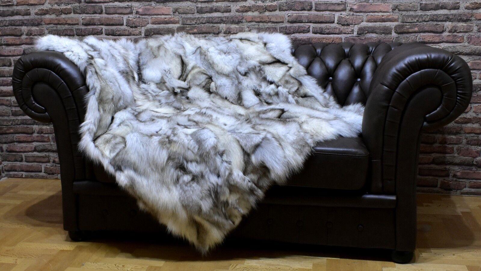 Luxury Blau Frost Fox Throw Blanket