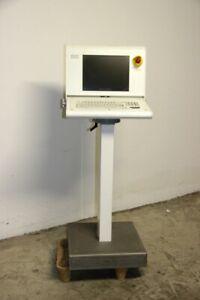 Terminal-de-Mando-Pupitre-15-Pulgadas-TFT-Teclado-y-Trackpad-Industria-Display