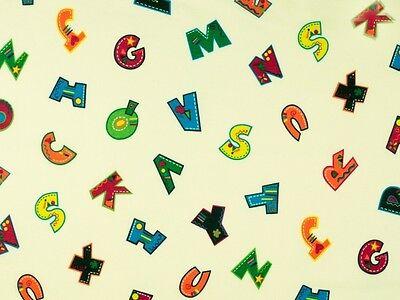 NEU ! Toller Kinderstoff Baumwolle bedruckt mit bunten Buchstaben, in 3 Farben