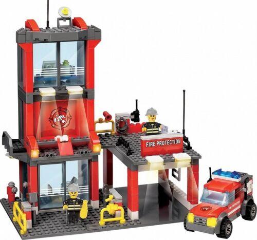 Blocki Feuerwehrstation 300 Teile Neu Kunststoff Baukasten KB 8052