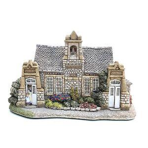 Lilliput-Lane-Village-School-Boxed-With-Deeds