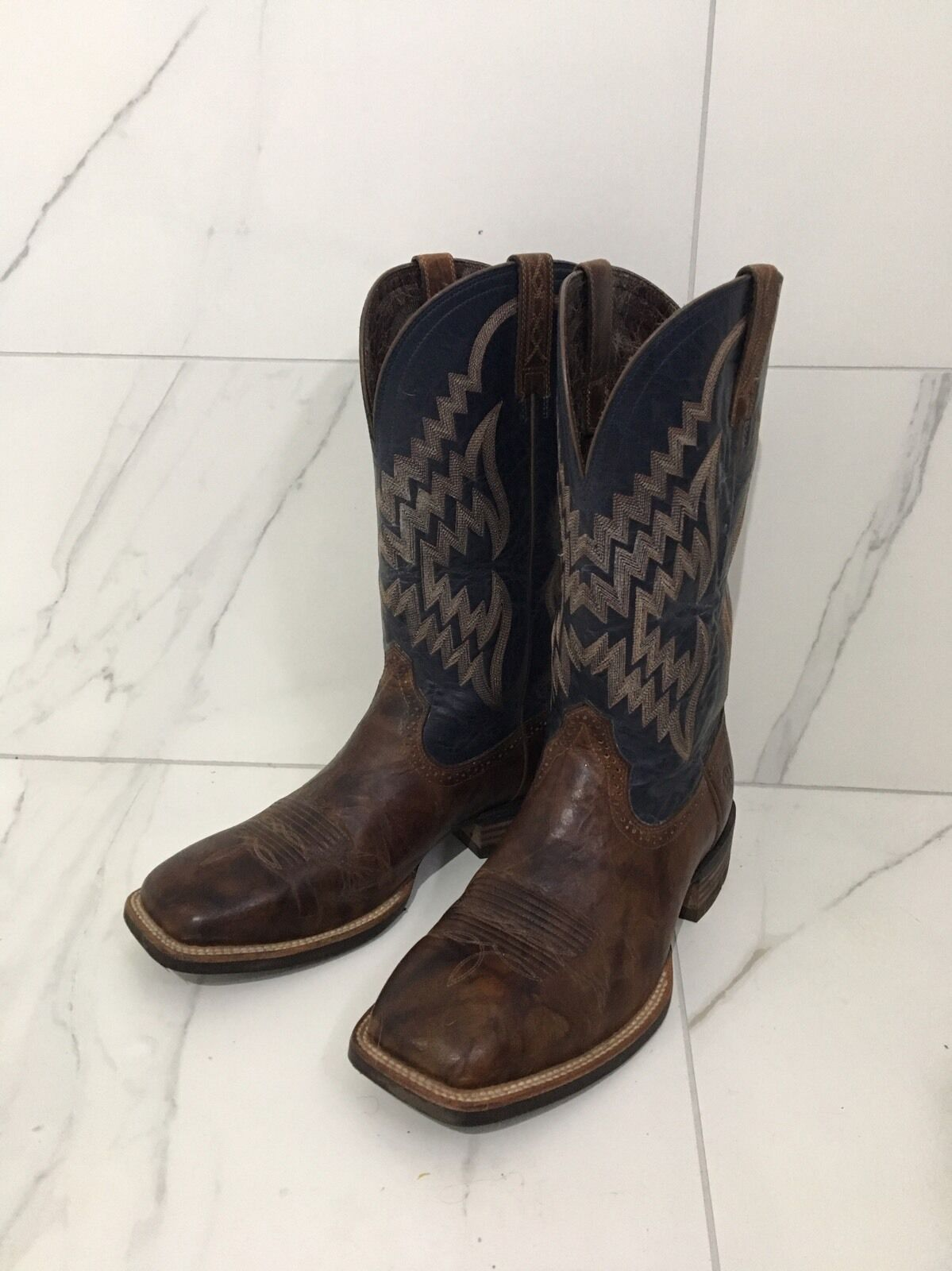 Gentleman/Lady ariat boots Clearance price Known for its good quality value