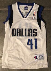 009d7de5f4fcf Image is loading Dallas-Mavericks-Dirk-Nowitzki-Kids-Vintage-Champion -Jersey-